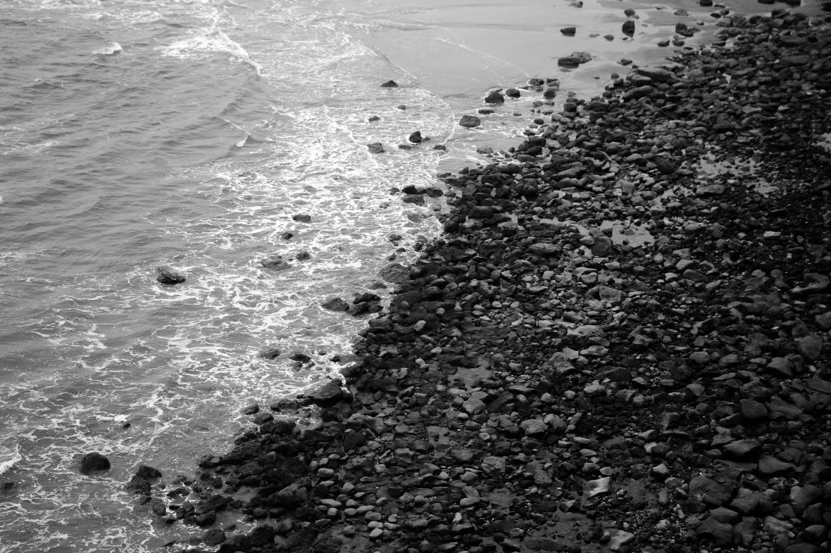 Water & Pebbles