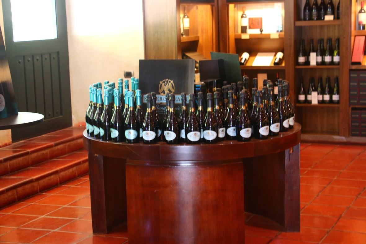 C Y T Wine Shop